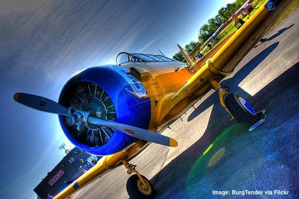 Vintage-airplane.jpg